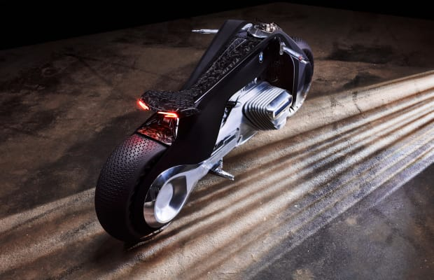 This BMW Motorcycle Makes the Light Cycle From 'Tron' Look Like an Antique