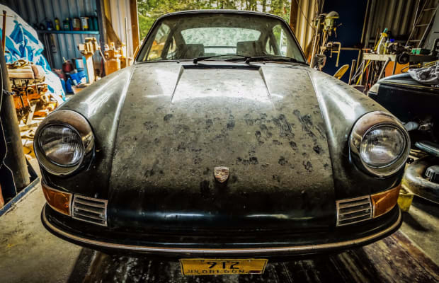 Someone Turned This Barn Find 1969 Porsche 912 Into a Restored Masterpiece