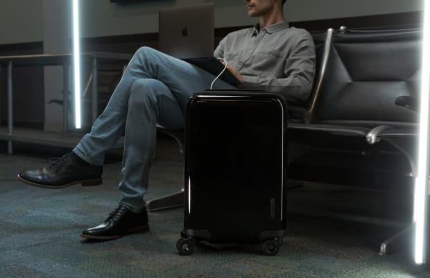 The NoviConnected is a Super-Functional, Phone-Charging Piece of Luggage