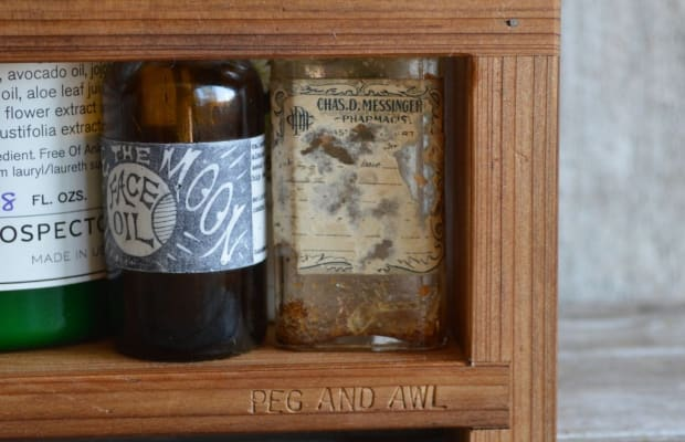 Keep Your Bathroom Organized With This Stylish Apothecary Caddy