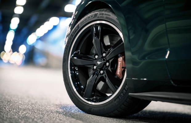 The 2019 Ford Mustang Bullitt Modernizes the Iconic Steve McQueen Car