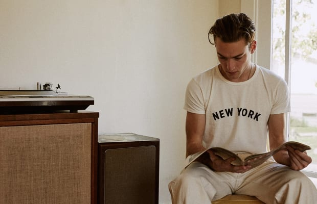 Pay Tribute to New York With This 50's Style Tee