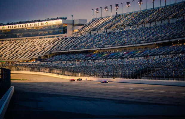 24 Stunning Photos from the Rolex 24 at Daytona