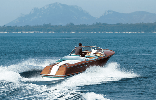 10 Stylish Boats For Modern Men Of Mystery