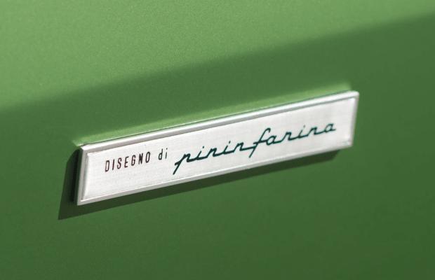 15 Crisp Photos Of A 1974 Ferrari Dino 246 GTS