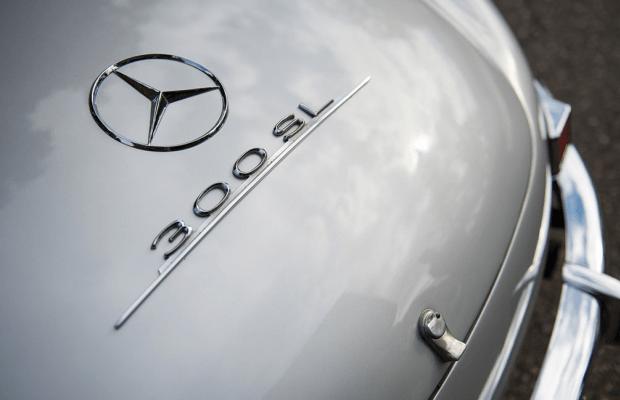 Car Porn: 1957 Mercedes-Benz 300 SL Roadster