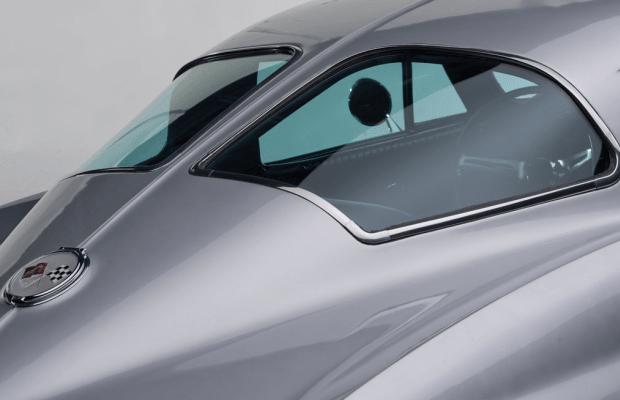 Car Porn: 1963 Chevrolet Corvette Sting Ray 'Split-Window' Coupe