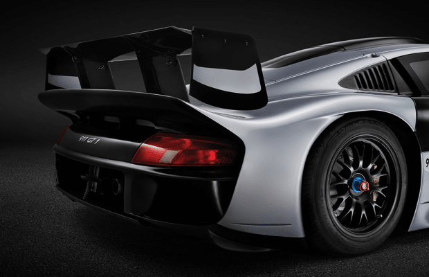 Somehow This Porsche 911 GT1 Evolution Is Completely Street Legal
