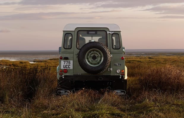 This Land Rover Commercial Will Hypnotize You With Its Beauty