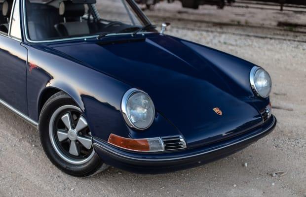 Car Porn: 1972 Albert Blue Porsche 911E