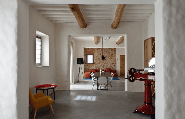 This Sprawling Tuscany Home Is Your Dream Pad on Steroids
