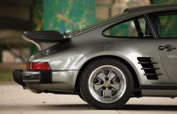 This 1988 Porsche 911 Turbo 'Flat Nose' Is Car Porn at its Finest