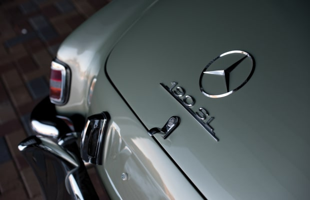 This 1956 Mercedes-Benz 190 SL Is So Pretty It Hurts