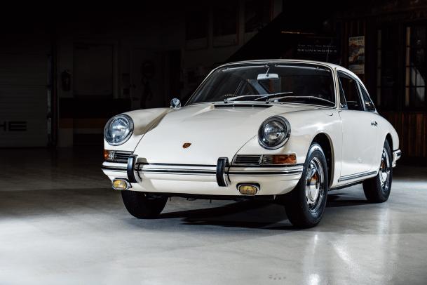 1967-Porsche-911--RHD--Coupe-_5