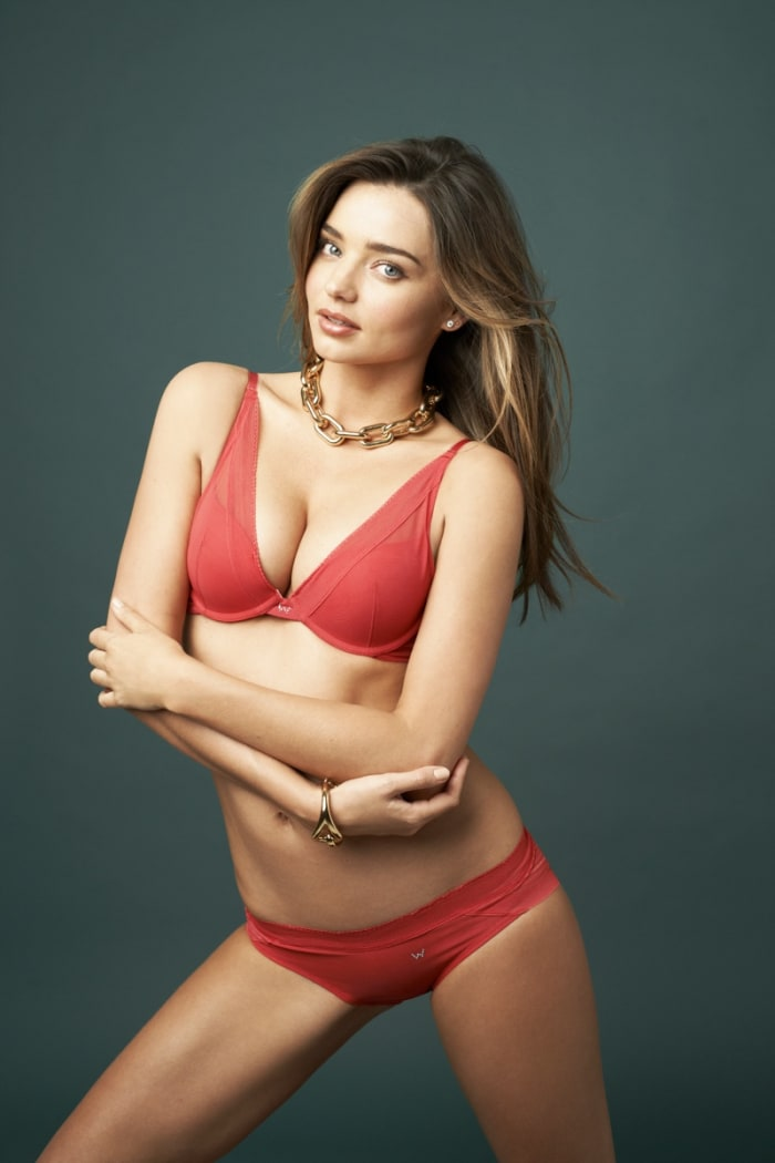 You Gotta Watch This Outrageously Sexy Miranda Kerr Video