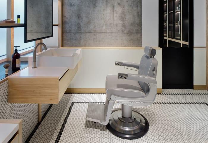 Inside A Perfectly Designed Dubai Barbershop Airows