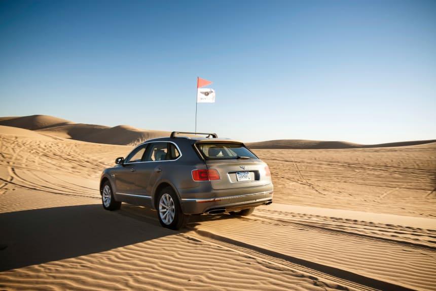 Sexy Photos Of A Bentley Bentayga Tearing Up Sand Dunes - Airows