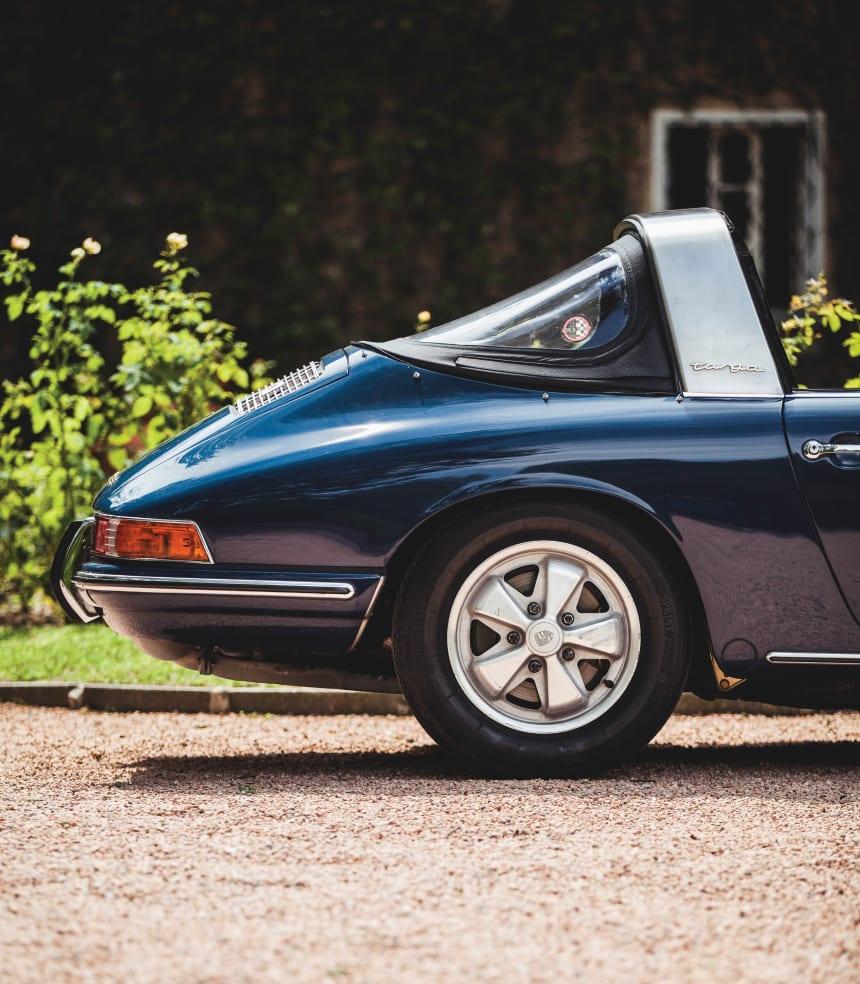 Car Porn 1967 Porsche 911 Soft-Window Targa - Airows-3501