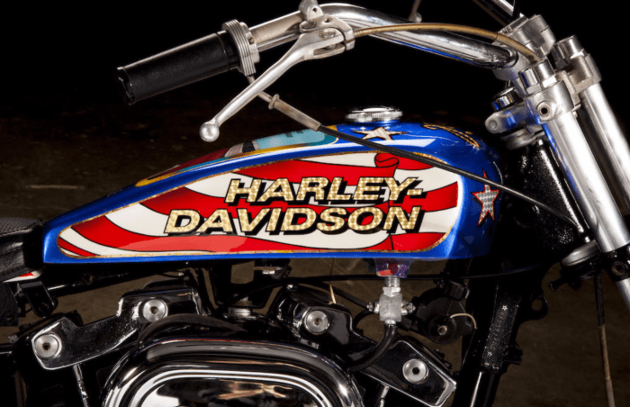 Evel Knievel S 1976 Harley Davidson Xl1000 Motorcycle: Evel Knievel's 1976 Harley-Davidson XL1000 Is For Sale