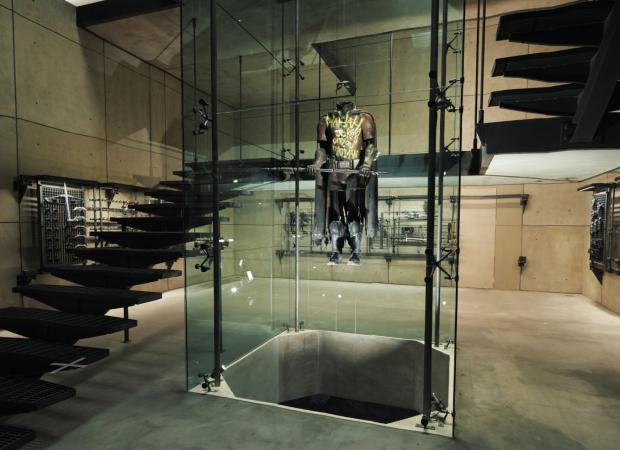 Floor Decor Wayne >> A Look Inside Bruce Wayne's Modern Lakeside Bachelor Pad ...