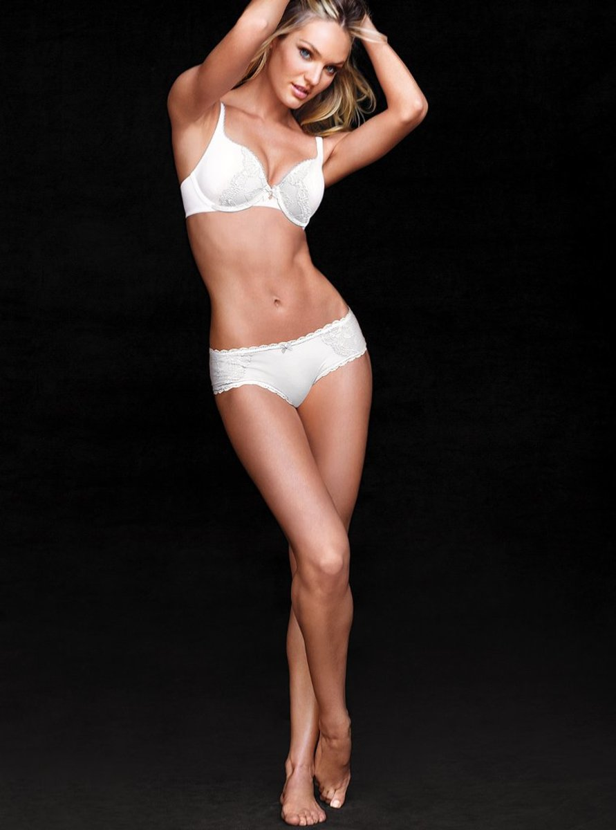 Candice-Swanepoel-Victorias-Secretjulio-13