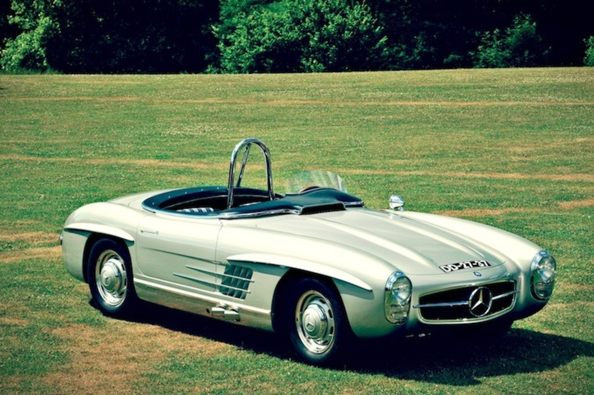 For sale 1957 mercedes benz 300 sls racing airows for Mercedes benz race