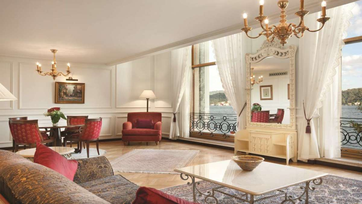 SetHeight800-One-Bedroom-Bosphorus-View-Palace-Suite