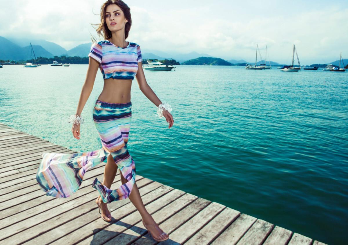 Isabeli-Fontana-Morena-Rosa-swimwear-24-1024x720