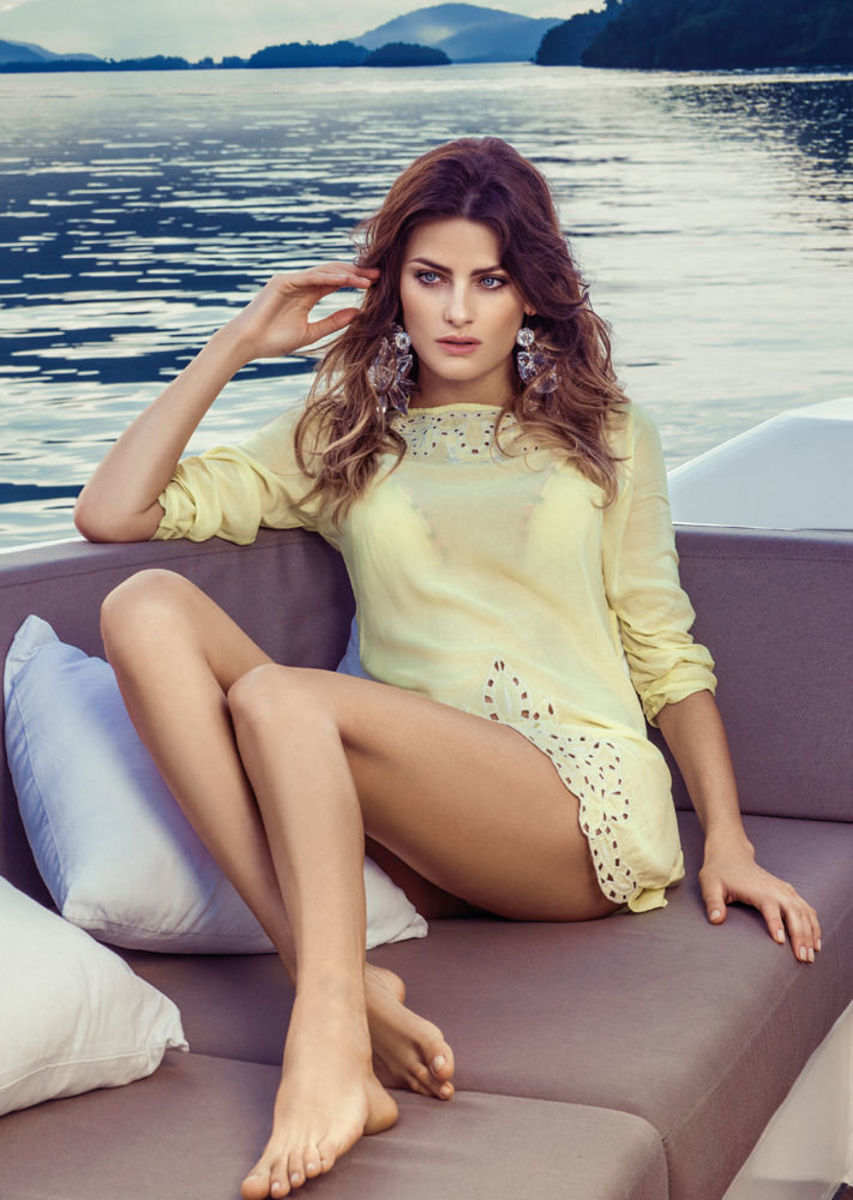 Isabeli-Fontana-Morena-Rosa-swimwear-16