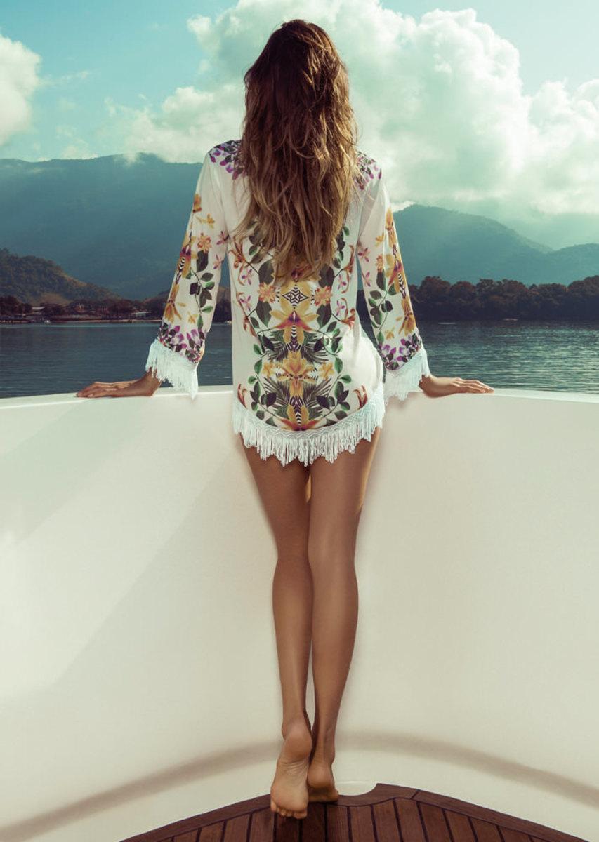 Isabeli-Fontana-Morena-Rosa-swimwear-8