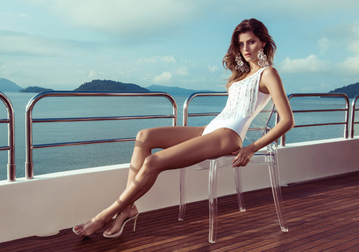 Isabeli-Fontana-Morena-Rosa-swimwear-23-1024x720