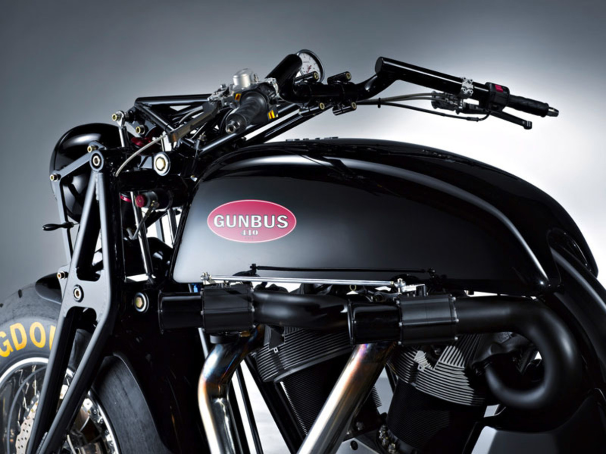 gunbus_410_the_worlds_biggest_motorcycle_14