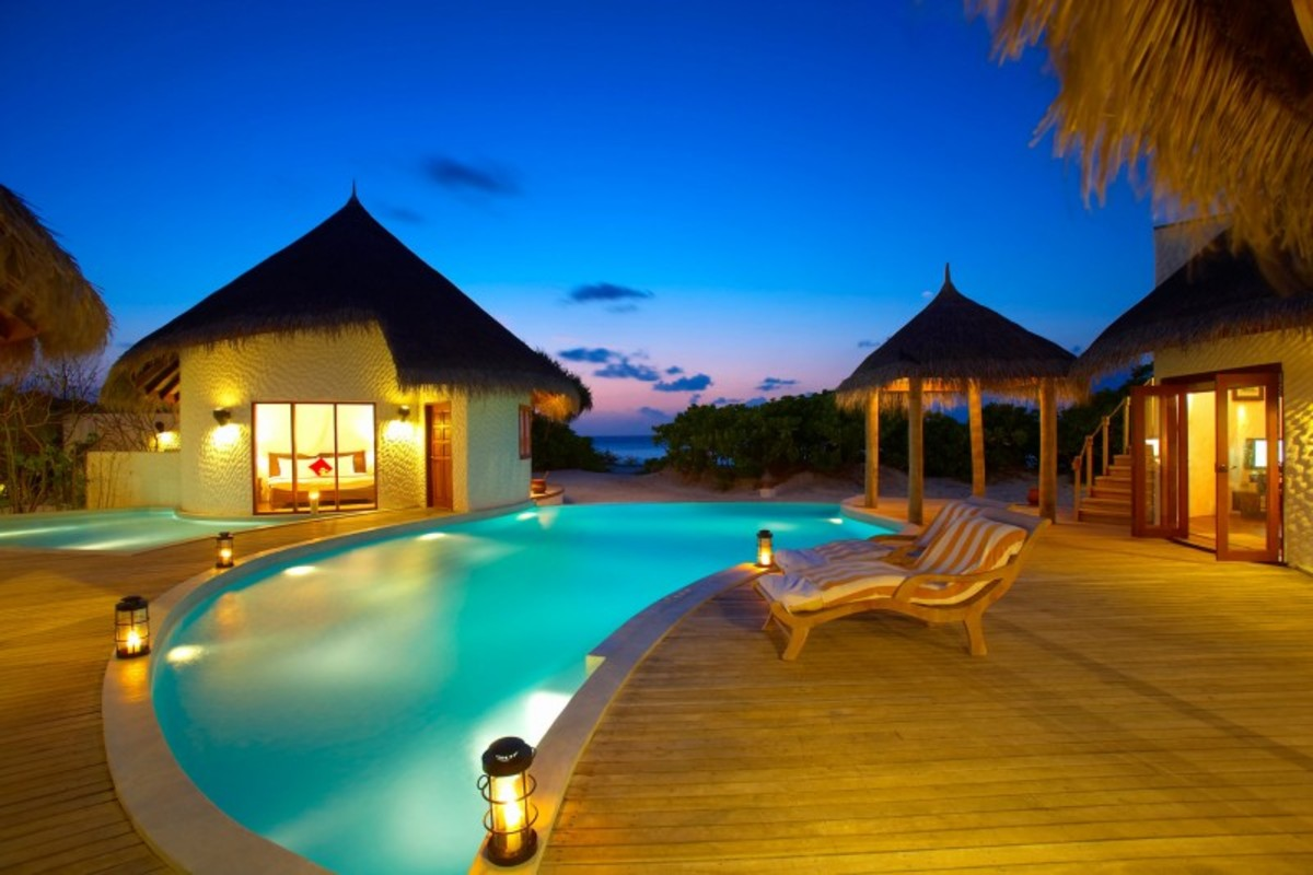 Island-Hideaway-at-Dhonakulhi-Maldives-Spa-Resort-Marina-30-800x533