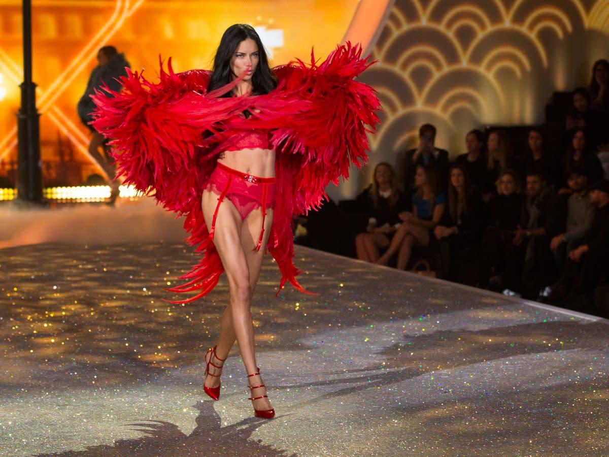 adriana-limas-red-bird-costume-was-crazy
