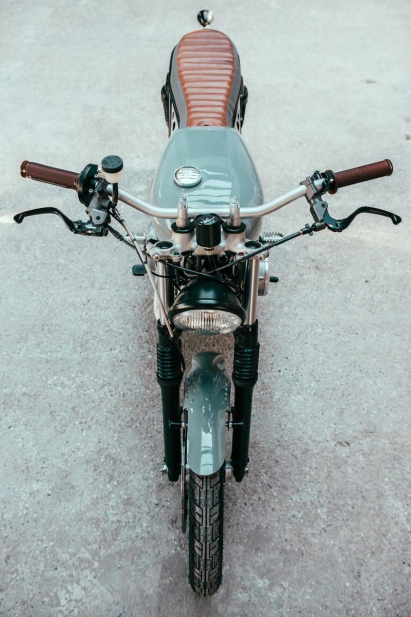 Yamaha-XS-400-Custom-3-740x1112