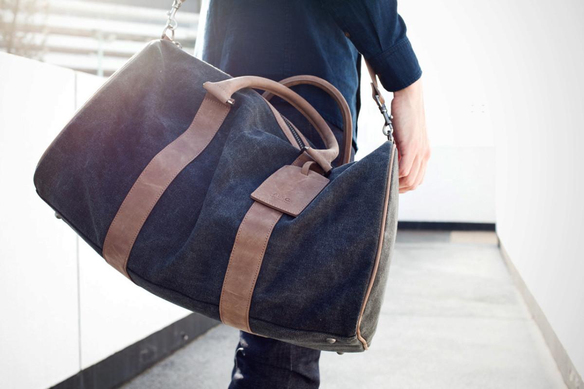 apc-black-sac-de-voyage-bag-1
