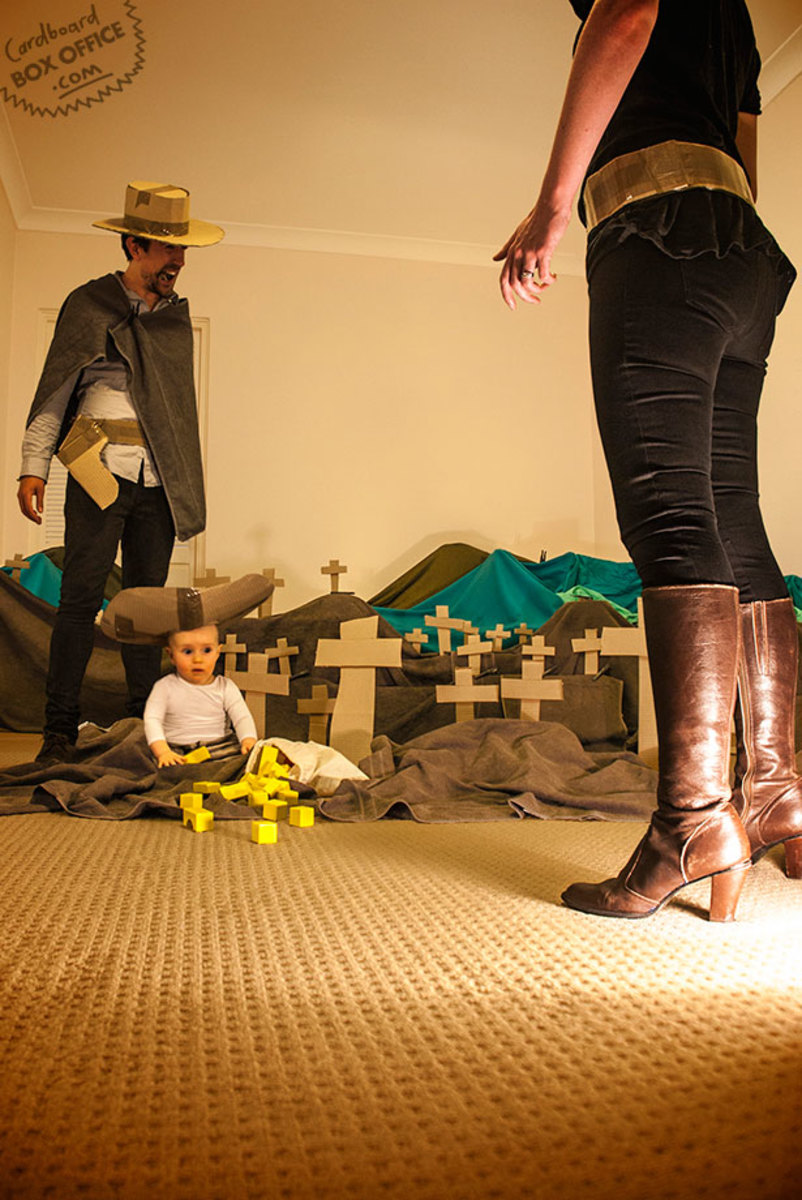 goodbadugly-parents-recreate-movie-scenes-with-baby-son-and-cardboard