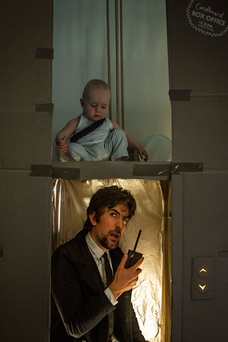 diehard-parents-recreate-movie-scenes-with-baby-son-and-cardboard