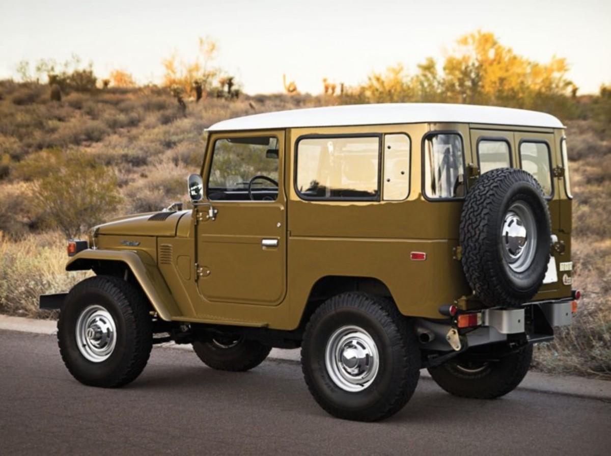 1977-Toyota-FJ40-Land-Cruiser-1-740x552