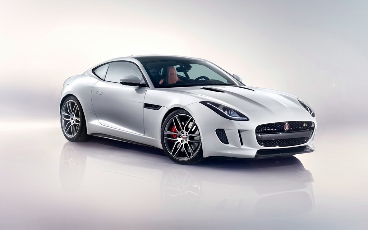 2014-Jaguar-F-Type-R-Coupe-Polaris-White-Studio-1-1280x800