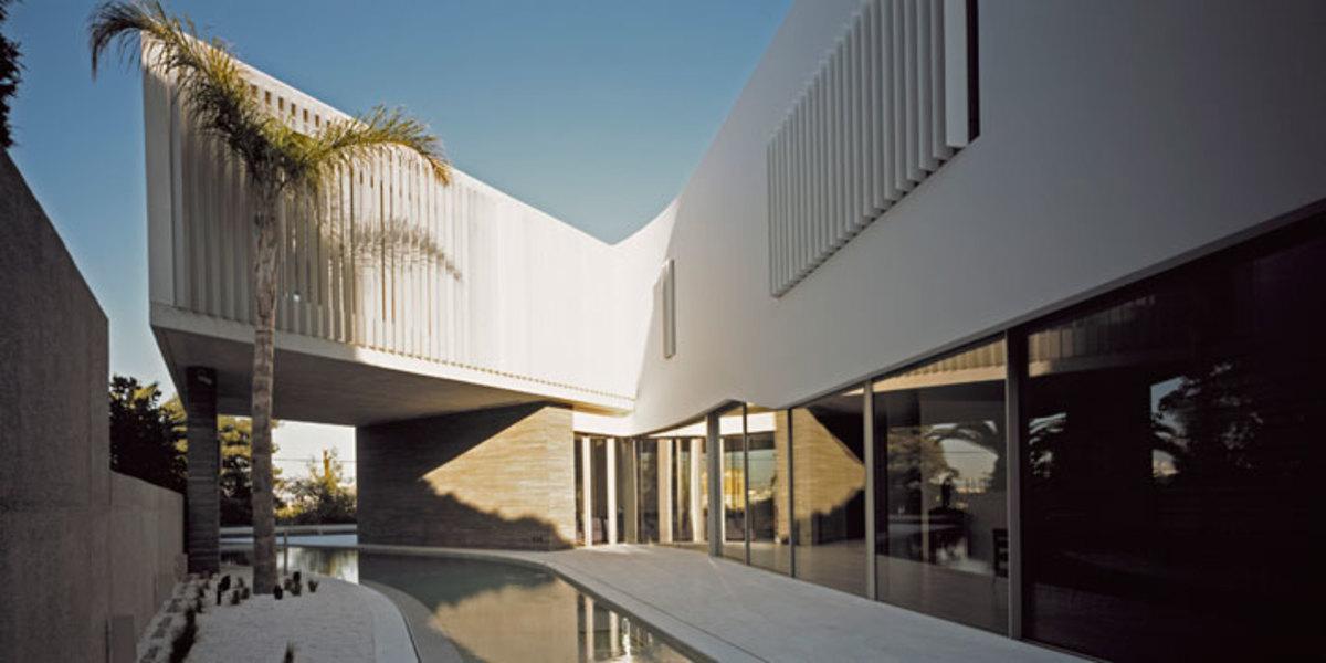 Psychiko-House-Athens-Greece-divercity-architects-9