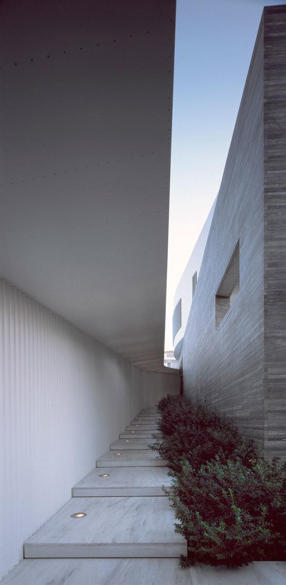 Psychiko-House-Athens-Greece-divercity-architects-10