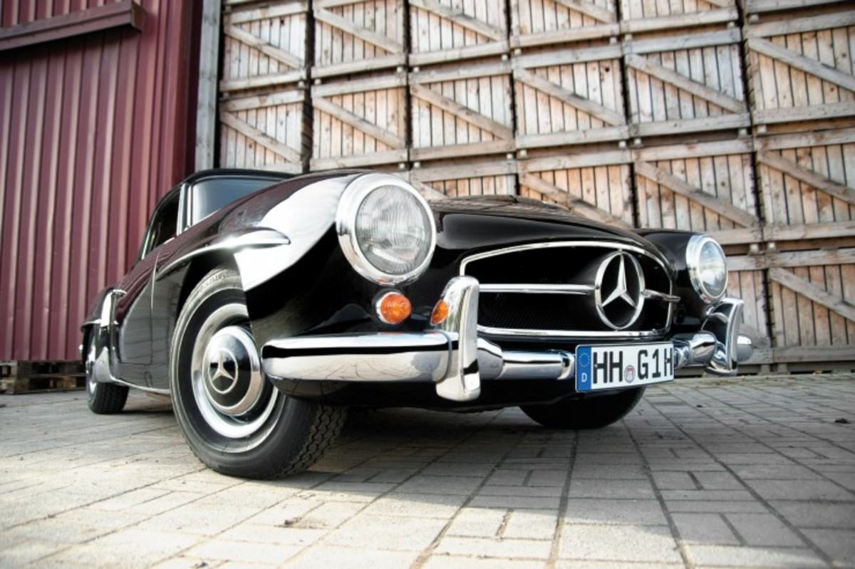 Mercedes-Benz-190-SL-Roadster-6-740x493