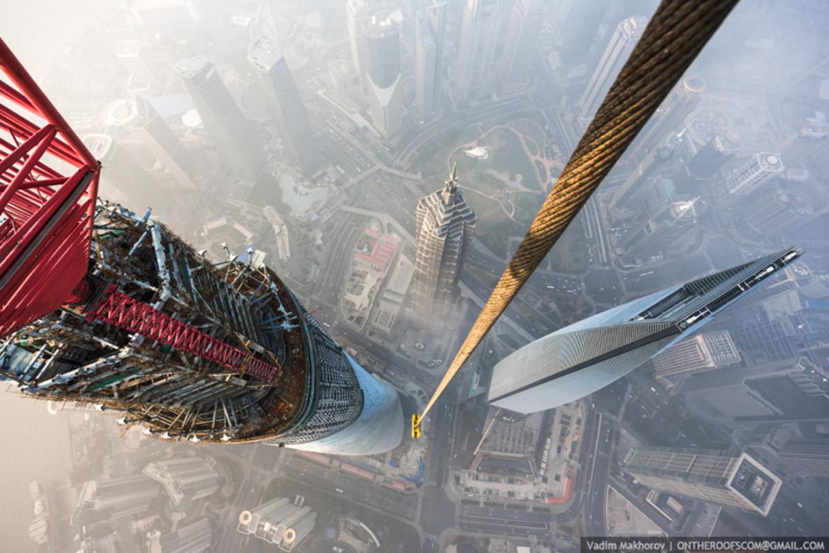 shanghai-tower-climb-pictures-vadim-makhorov-6