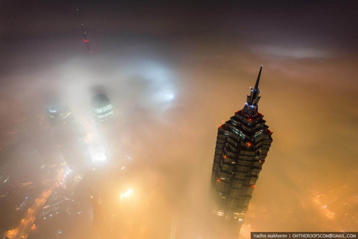 shanghai-tower-climb-pictures-vadim-makhorov-3