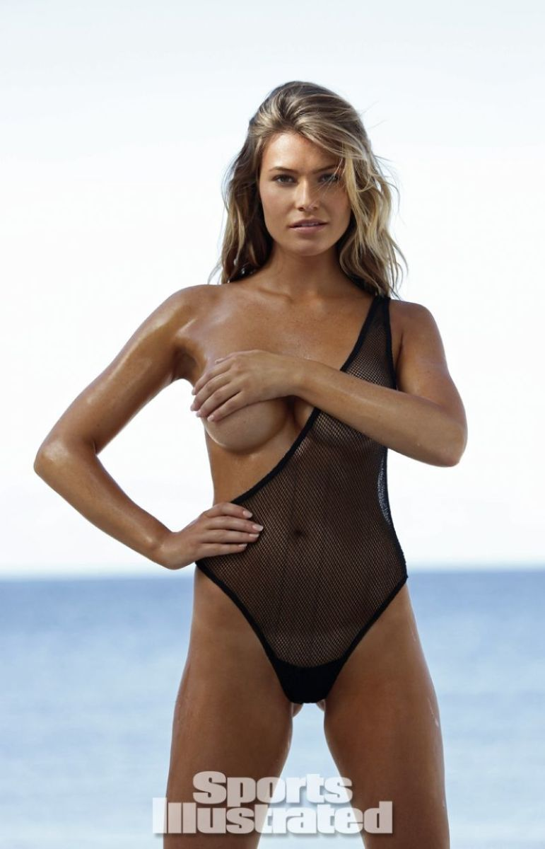 samantha-hoopes-in-sports-illustrated-2014-swimsuit-issue_5