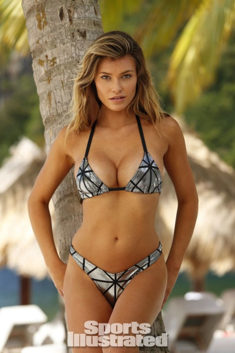 samantha-hoopes-in-sports-illustrated-2014-swimsuit-issue_6