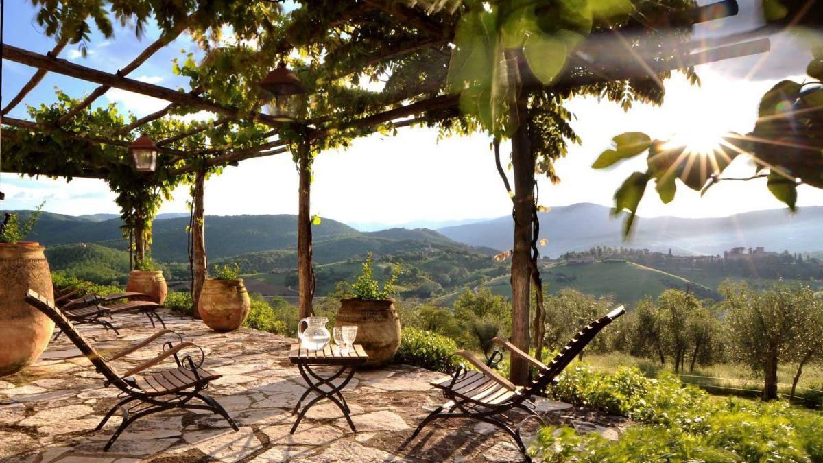 Castello-Di-Reschio-Umbria-Italy1