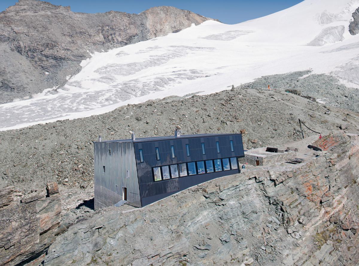 new-tracuit-mountain-hut-zinal12
