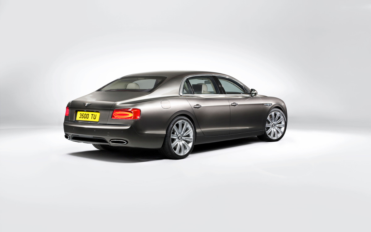 2014-Bentley-Flying-Spur-rear-three-quarters-2